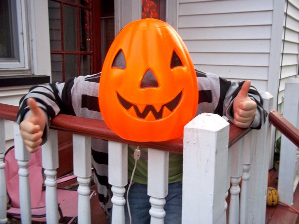 Nigel gives thumbs up to trick or treat!
